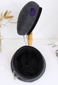 Woman Fashion Warm Beret Gothic Purple Heart Embroidery Hat Key Lock Chain Pendant Pin Ornament Painter Hat Newsboy Cap for Autumn Winter