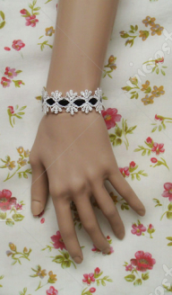 Black and white lace lolita wrist band
