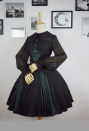 Elegant Gothic Lolita SK Gothic Vintage Embroidery Lace-up Skirt for Spring and Autumn