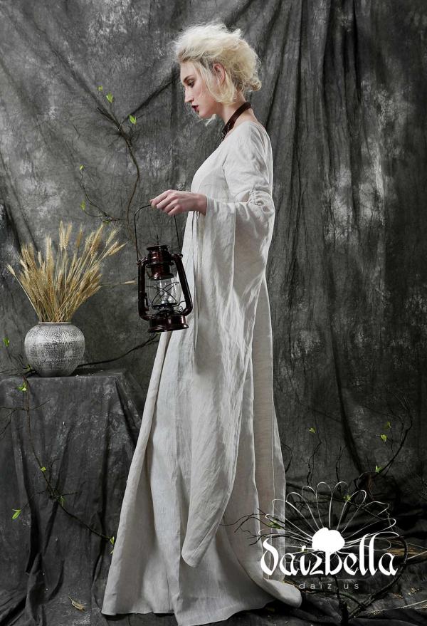 Annies Wunderland: Exklusiv Mittelalterliche Renaissance XIII-XIV Jahrhundert Handgemachtes Natürliches Leinen Unterkleid mit langem Glockenärmel