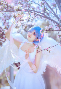 Re: Zero Starting Life in Another World Costume de Cosplay Rem Robe Angélique