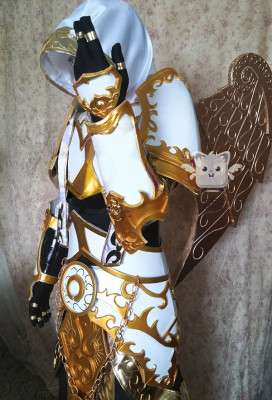 Exclusive Handmade World of Warcraft Priest Tier 5 Raid Transmog Sets Cosplay Costume Armor Set for Male and Female