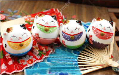 Maneki Neko Roly Poly Toy Ceramic