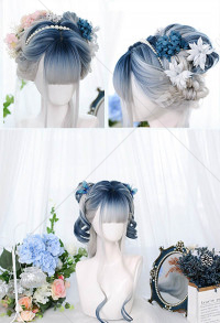 Halloween Lolita Gradient Cosplay Wig Harajuku White and Blue Highlight Mixed Color Long Wavy Curly Wig