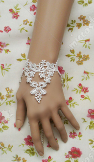 White lace lolita wrist band
