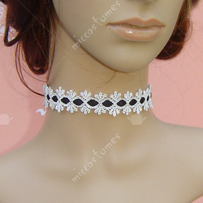 White and black vintage pattern lace lolita necklace